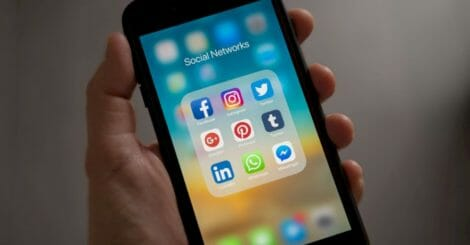 what-is-social-commerce,-and-why-is-it-important?