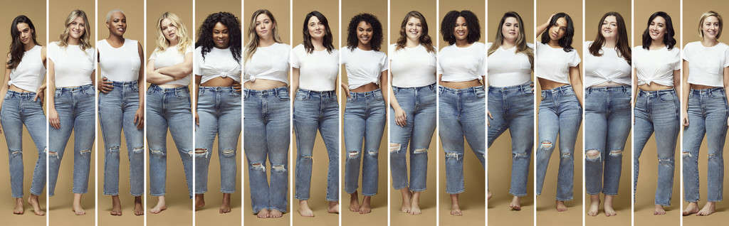 Good American models of all sizes pose with the company's inclusive range of denim.