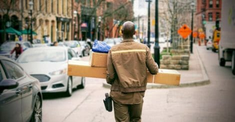 how-fast-delivery-can-help-your-shopify-store-stand-out
