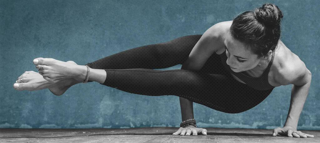 alo yoga1110 495