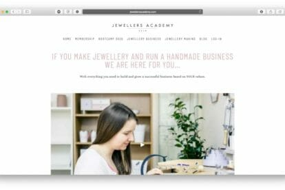 how-to-sell-jewelry-online:-everything-you-need-to-know-to-start-a-jewelry-business
