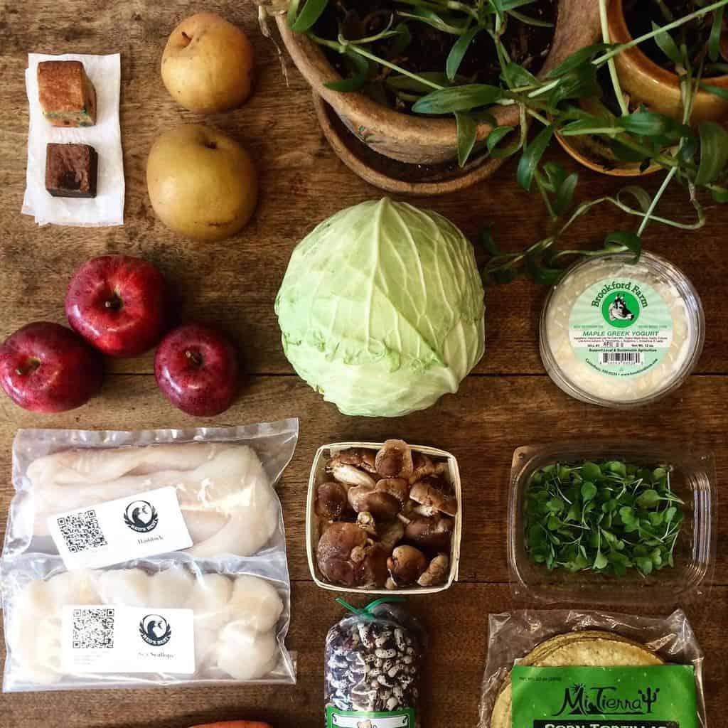 family-dinner-produce-best-of-2019