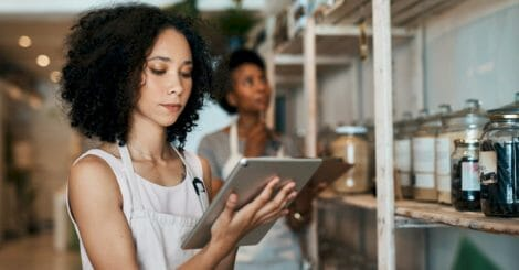 resilient-retail:-how-to-move-your-brick-and-mortar-business-online