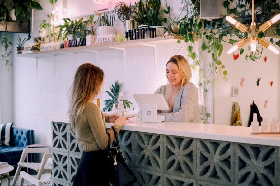 going-beyond-loyalty-programs:-7-ways-to-create-more-loyal-customers