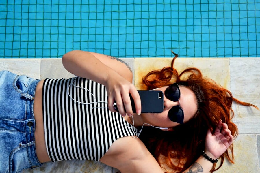 micro-influencer-outreach:-how-to-find,-retain,-and-empower-micro-influencers