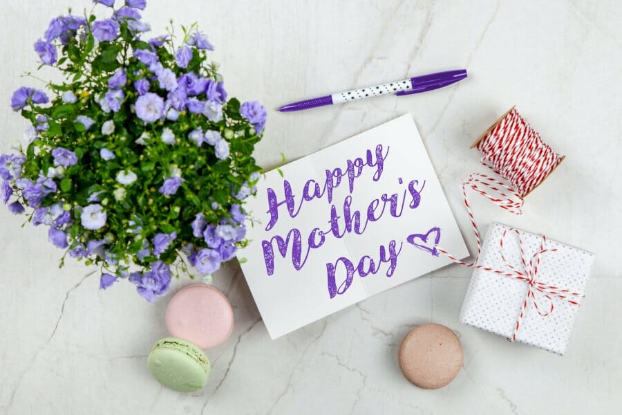 3-great-mother's-day-tactics-you-can-steal-(plus-6-templates-your-mom-will-love)