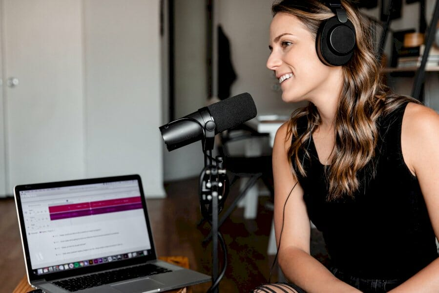 the-brand-marketer's-guide-to-podcasting