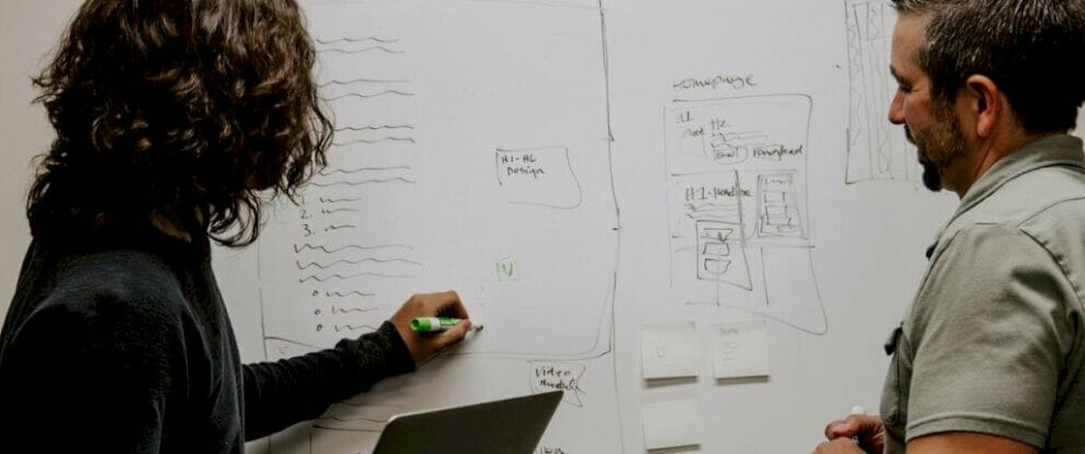 user-research-methods:-13-expert-tips-to-master-the-process