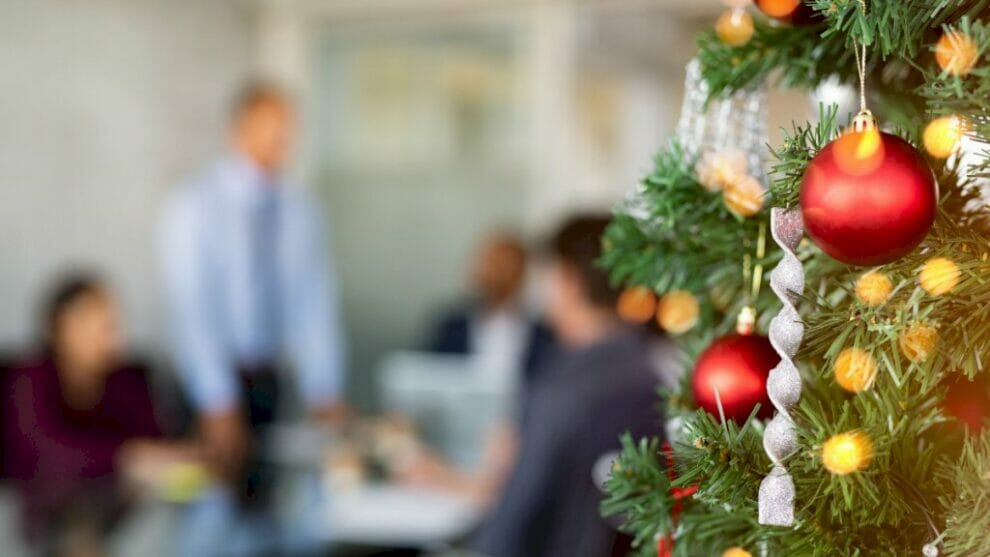 how-to-incorporate-holiday-marketing-into-your-b2b-business
