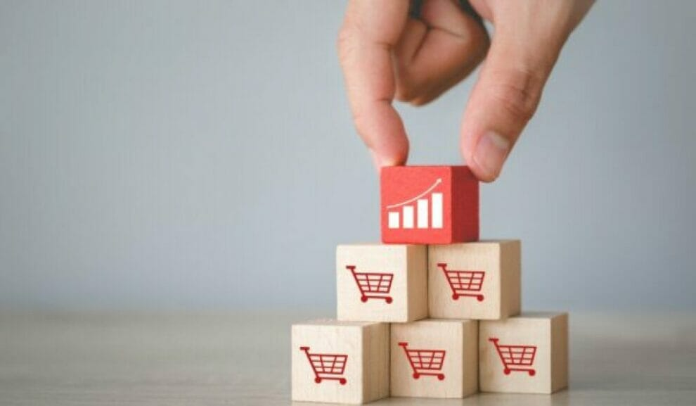 7-retail-strategies-for-effective-cross-selling-and-upselling